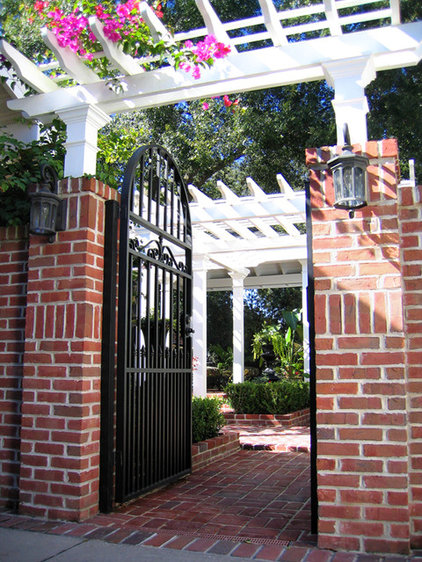 Traditional Exterior by Levell Design