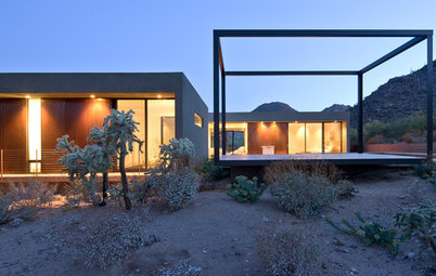 Houzz Tour: Sensitive Minimalism in the Arizona Desert