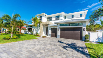 LIGHTHOUSE POINT SPEC HOME