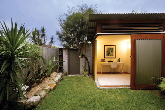Contemporary Exterior by Danny Broe Architect