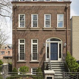 シカゴのトラディショナルスタイルのおしゃれな家の外観 (レンガサイディング、タウンハウス) の写真