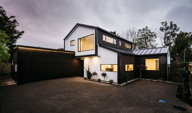 Contemporary Exterior by 242am Architects Ltd.