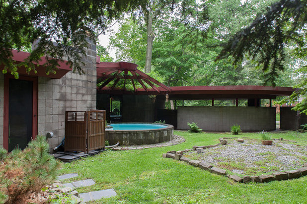 Midcentury Exterior by Jason Snyder