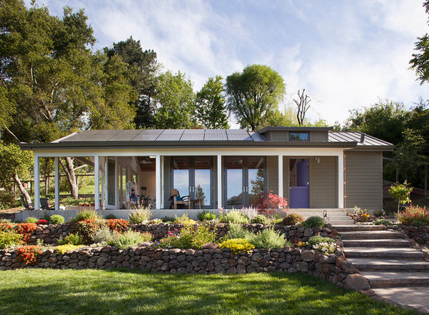 Transitional Exterior by Lara Dutto, Laraarchitecture