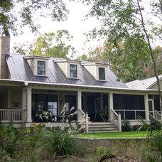 Farmhouse Exterior by Johnson & Associates Architects
