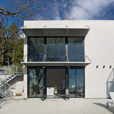 Modern Exterior by Zack|de Vito Architecture + Construction