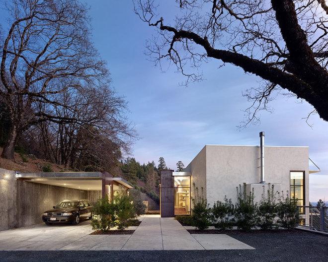 Contemporary Exterior by Zack|de Vito Architecture + Construction