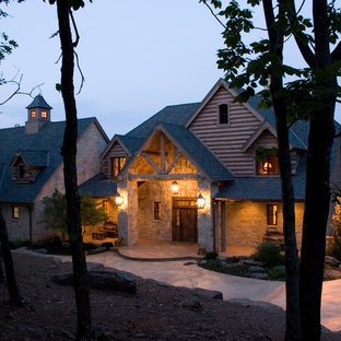 Example of a classic exterior home design in Oklahoma City