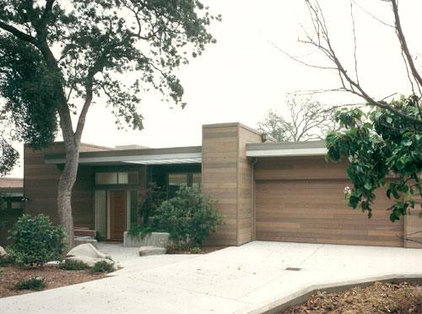 Modern Exterior by Stoecker and Northway Architects, Inc.