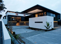 Where is this house located at? Is it in Shanghai?
