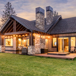 Luxurious & Modern Craftsman Style Woodsy Home in Bend, Oregon