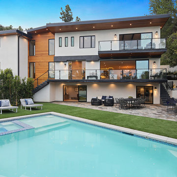 Luxurious Brentwood Home