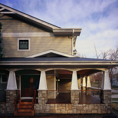 traditional exterior by 12/12 Architects & Planners - Cinda K. Lester