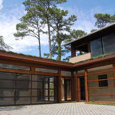 Modern Exterior by Watershed Architects