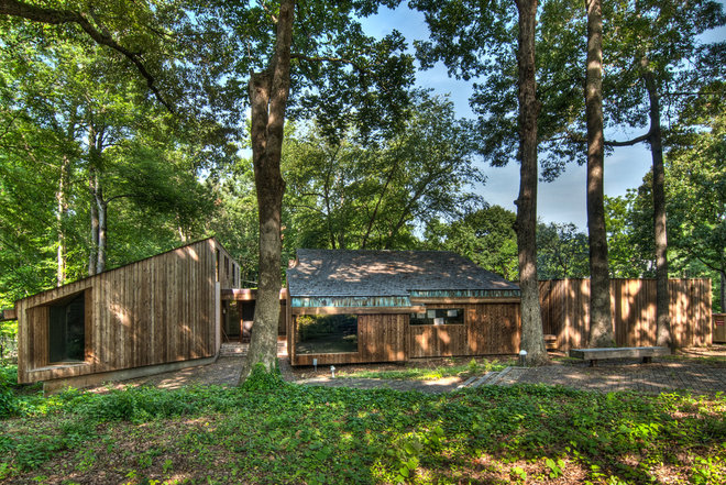 Houzz tour an updated 39 70s home puts art on show for 70s house exterior