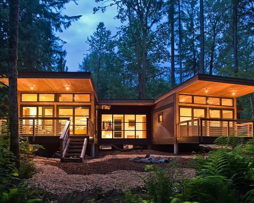 Eaves overhang home design ideas pictures remodel and decor - Houses overhang practical design ...