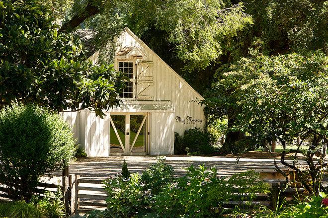 Farmhouse Exterior MacMurray Ranch