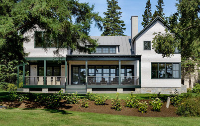 Houzz Tour: Warm Modern Style on the Coast of Maine