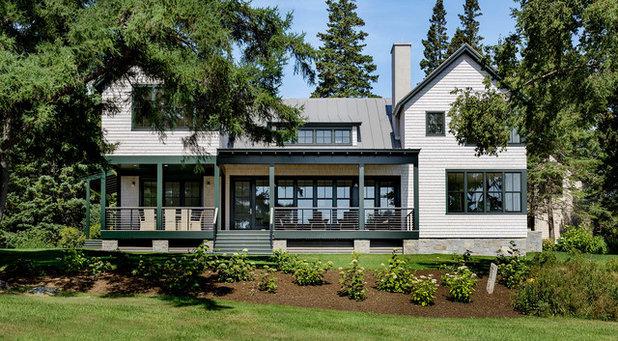 Beach Style Exterior by Hamilton Snowber Architects