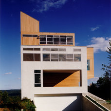 Contemporary  by Martin Holub Architects & Planners