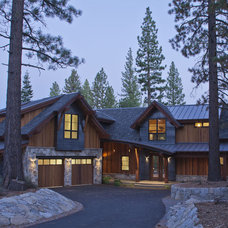 Contemporary Exterior by Kelly & Stone Architects