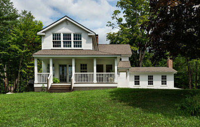 Houzz Tour: Reviving a Half-Finished Farmhouse in New England