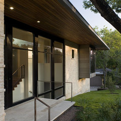 modern exterior by Hugh Jefferson Randolph Architects