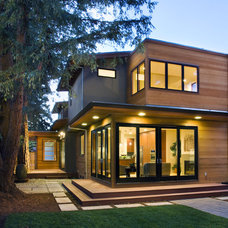 Modern Exterior by SDG Architecture, Inc.