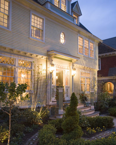 Colonial Exterior Window Trim