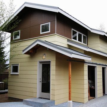 McTrax Backyard Cottage