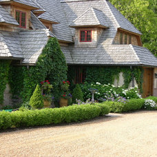 Traditional Exterior by Boldenow & Associates LLC