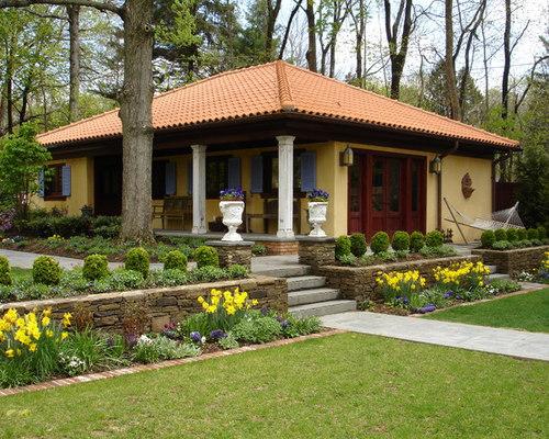 Blue house brown roof houzz - Ideas casas de campo ...