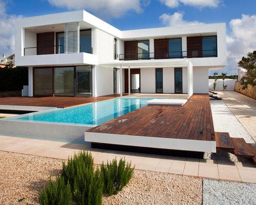 Foto e idee per facciate di case facciata di una casa for Piani della casa sul tetto