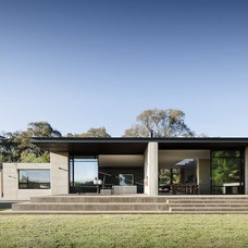 Contemporary Exterior by Robson Rak Architects Pty Ltd