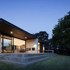 Contemporary Exterior by Robson Rak Architects Pty Ltd