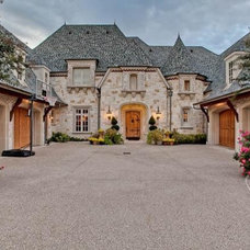 Traditional Exterior by MICHAEL MOLTHAN LUXURY HOMES