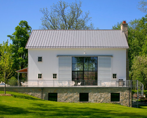 Best metal barn house design ideas remodel pictures houzz for Exterior barn doors for house