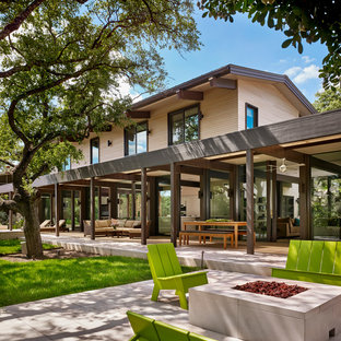 Inspiration for a large contemporary exterior home remodel in Austin