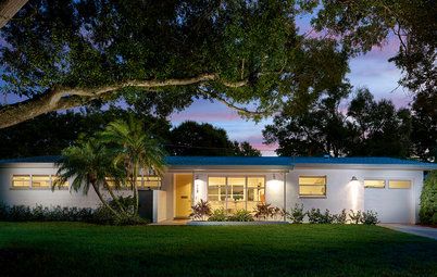 Houzz Tour: Renewed Florida Ranch Pays Homage to Midcentury Roots