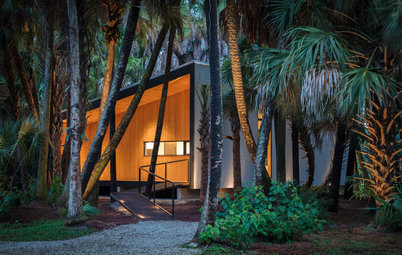 Houzz Tour: An Accessible Tiny-ish House in the Florida Palms