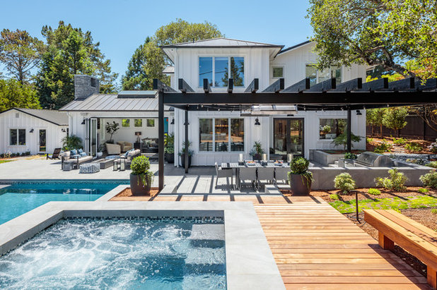 Transitional Exterior by dreamlife design