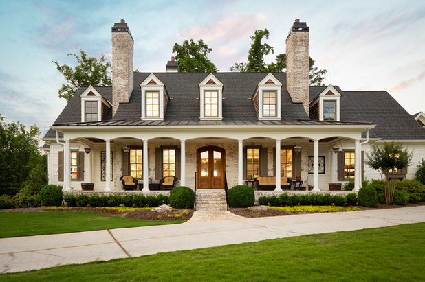 Farmhouse Exterior by New River Building Co.