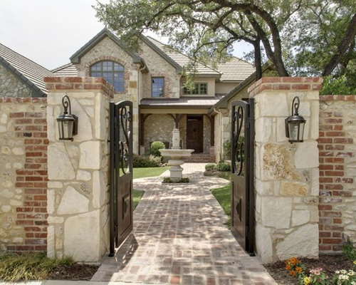 Front wall gate houzz for Wall gate design homes