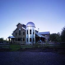 Barnlike Homes