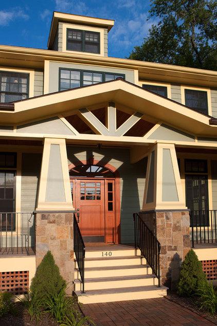Craftsman Exterior by Beaconstreet Builders, Inc.