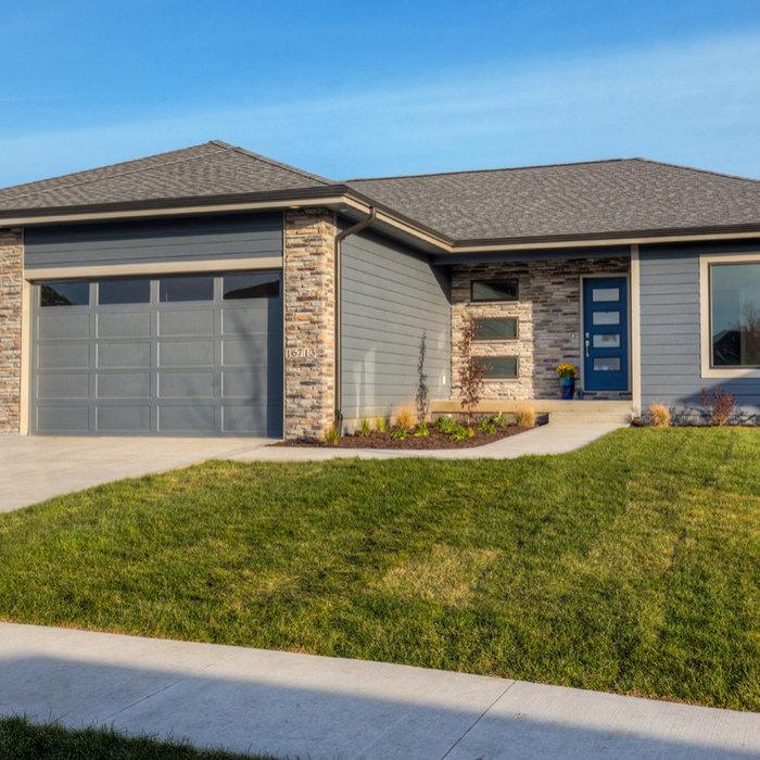 2018 Modern Edgewater Plan with BONUS/OFFICE room