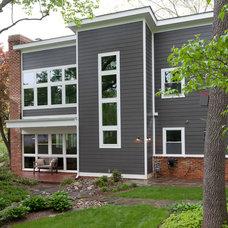 Modern Exterior by Grossmueller's Design Consultants