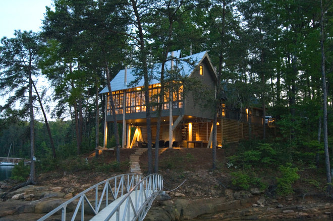 Modern Exterior by Dungan Nequette Architects