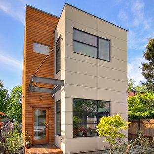 Inspiration pour une façade de maison minimaliste.