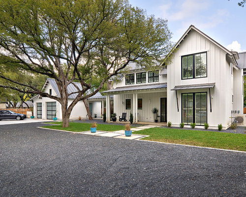 Country White Two Story Exterior Home Photo In Austin